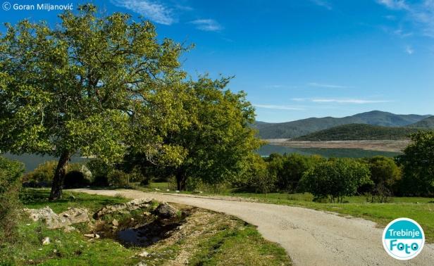 trebinje-foto selo orah bilecko jezero