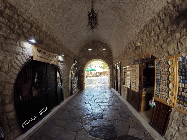 Kroz tunel...pa u stari... #trebinje #starigrad #oldtown #entrance trebinjeinfo
