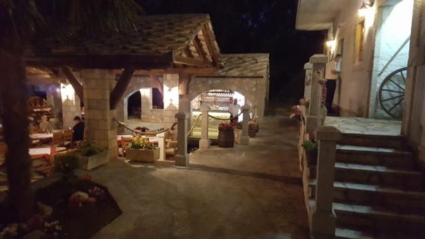 trebinje-info-restoran-konoba-studenac-14