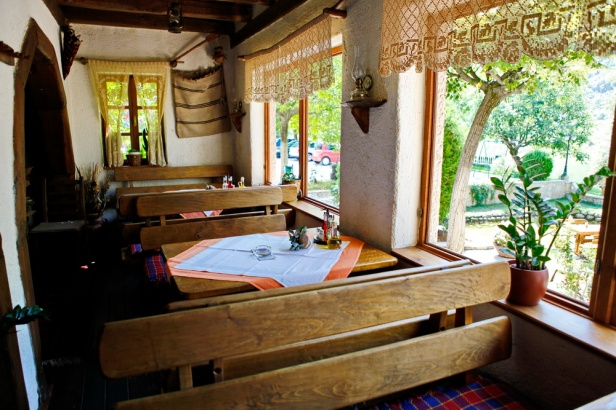 trebinje-info-restoran-konoba-studenac-8
