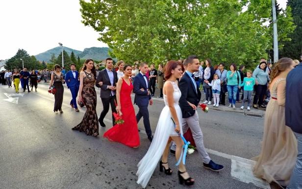 """DCIM100GOPROGOPR5556.Maturanti trebinjske Gimnazije """"Jovan Dučić"""""""