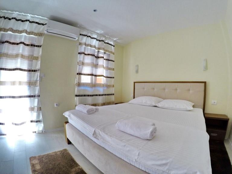 Vinopolis Apartman br. 1