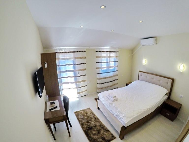 Vinopolis Apartman br. 4