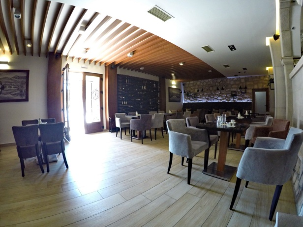 VINOPOLIS bar
