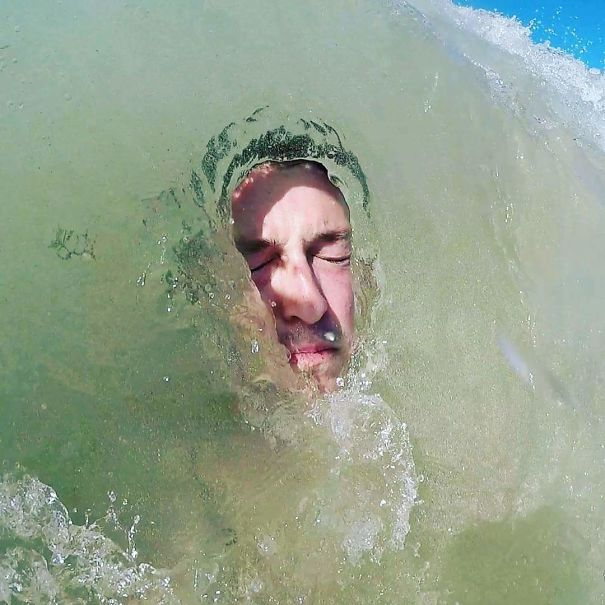 AD-Perfectly-Timed-Photos-That-Will-Mess-With-Your-Head-104