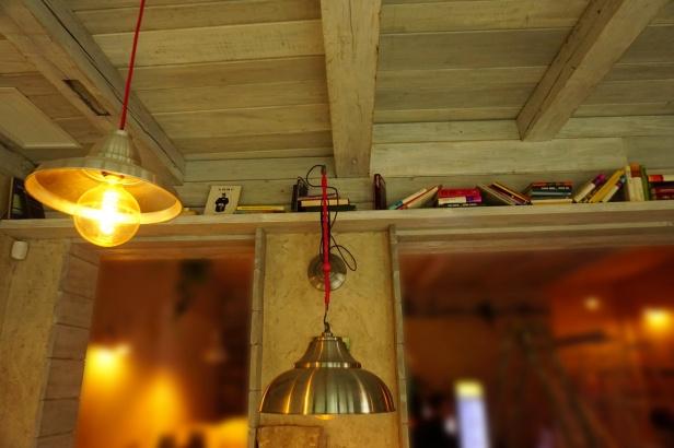 Kafe bar Poeta enterijer (1)