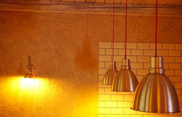 Kafe bar Poeta enterijer (6).JPG