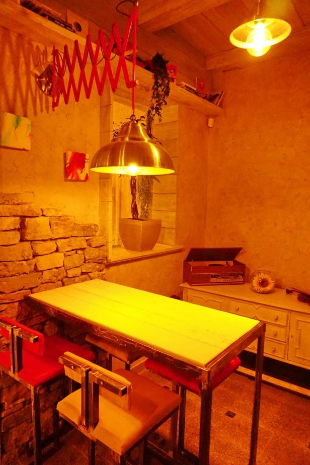 Kafe bar POETA noćne (10)