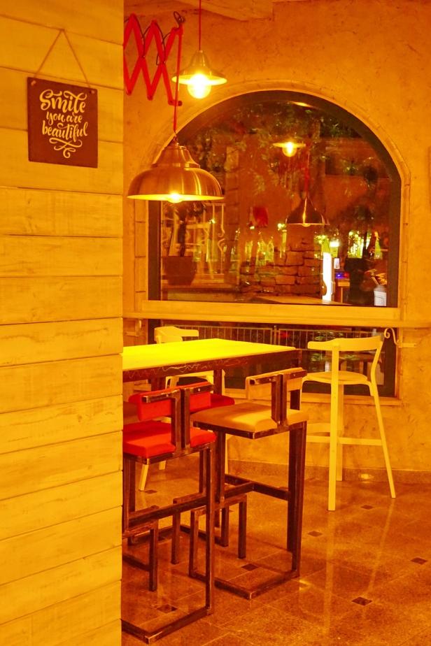 Kafe bar POETA noćne (3)