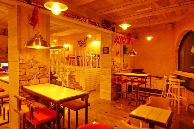 Kafe bar POETA noćne (38)
