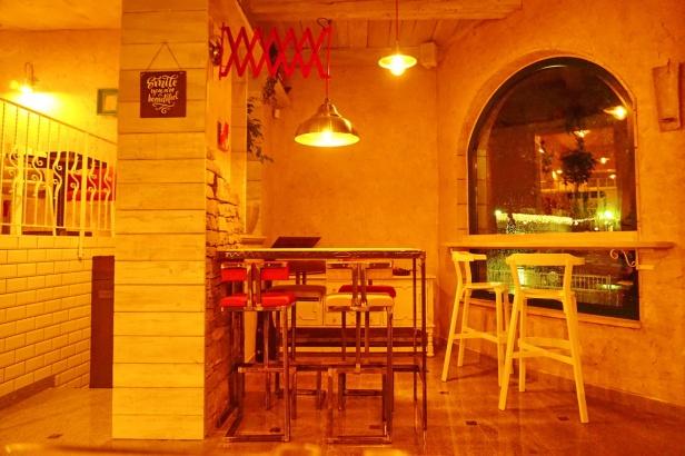 Kafe bar POETA noćne (41)