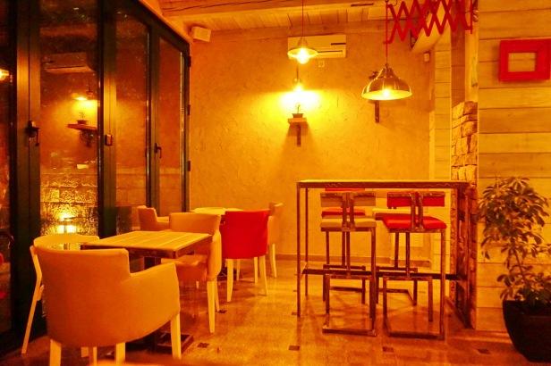 Kafe bar POETA noćne (42)