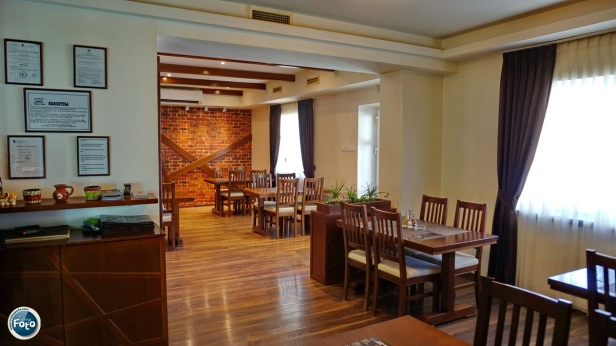 Restoran Tarana Vinogradi (23).JPG