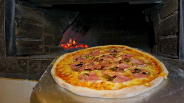 Pizza market 99 (1).jpg