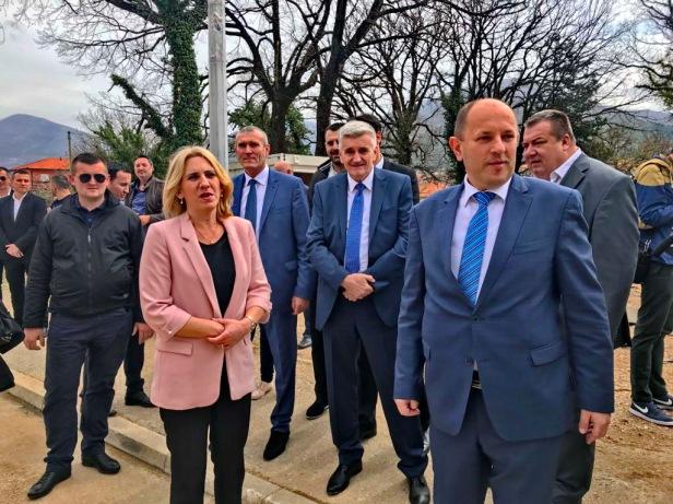 Vučić i Dodik Trebinje 3.jpeg