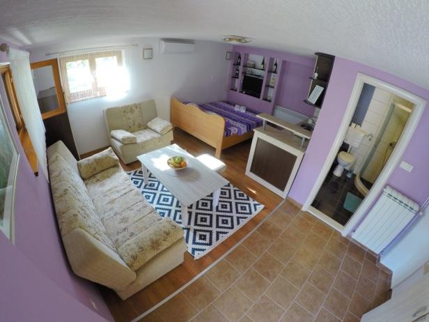 Apartmani ENA (9).JPG