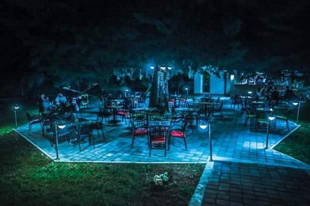 Ljetnja bašta Parkić (9).jpg