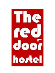 LOGO THE RED DOOR HOSTEL