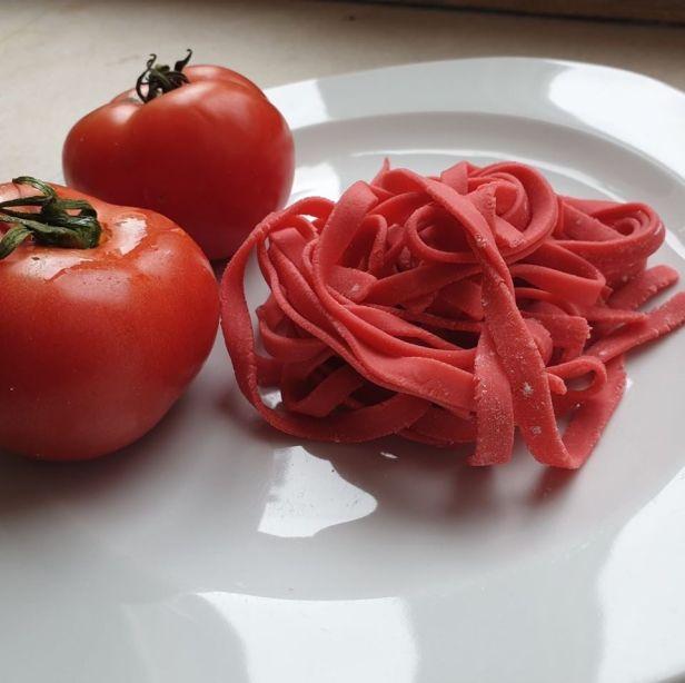 LA MIA pasta paradajz.jpg