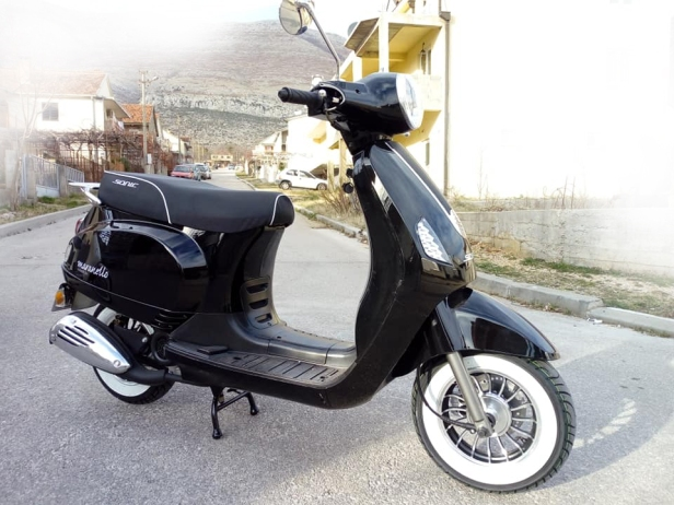 rent a scooter herc travel 2