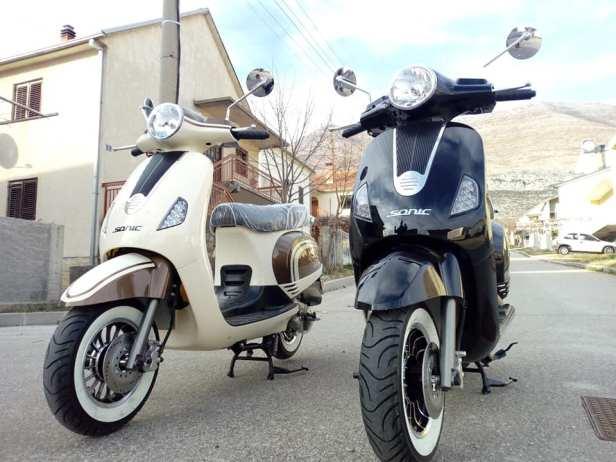 rent a scooter herc travel 3